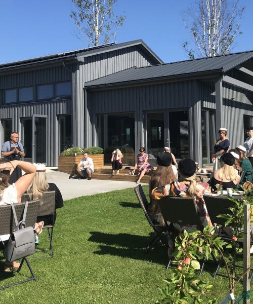 Piesta-apple-farm-group-talk-visit-Estonia