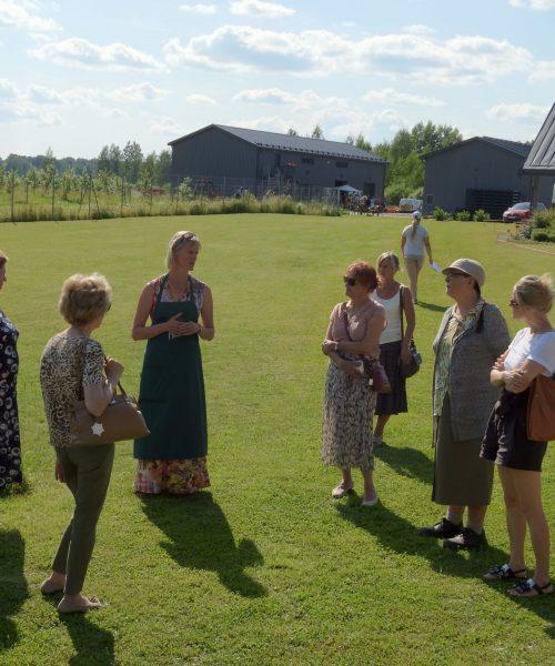 Piesta-apple-farm-group-tour-visit-Estonia